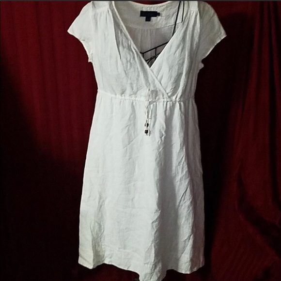 423e81b665 Boden Dresses   Skirts - BODEN white linen dress - excellent condition!